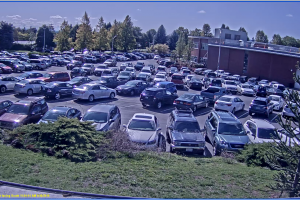 image of a packed parking lot