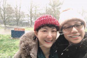 selfie of Fion Yin and Yanfei LU
